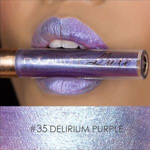 Chameleon Liquid Lipstick duochrome Purple
